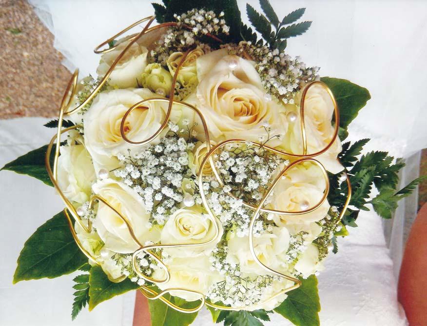 dans le secteur de Chaingy : bouquet de mariage, fleurissement du lieu de cérémonie